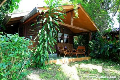 บ้านถ้วยทอง : ตูกะสู คอทเทจ ที่พัก อ.อุ้มผาง จ.ตาก